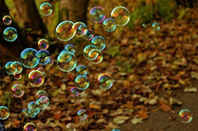 bubbles-83758_640